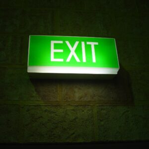 Glowing_exit_sign
